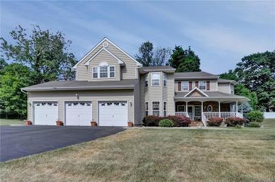 Dutchess County Single Family Home For Sale: 34 Firethorn