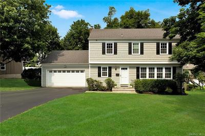 Westchester County Single Family Home For Sale: 3 Beaver Landing