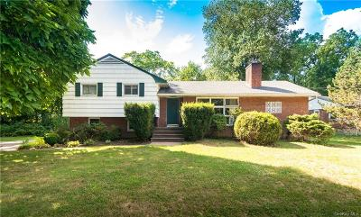 Westchester County Single Family Home For Sale: 205 Buttonwood Avenue