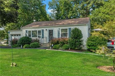 Westchester County Single Family Home For Sale: 2148 Allan Avenue