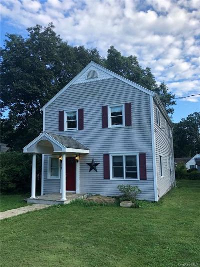 Westchester County Single Family Home For Sale: 17 Cypress Lane