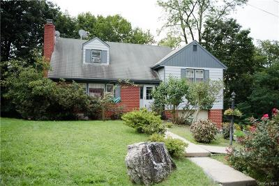 Westchester County Single Family Home For Sale: 5 Wayne Way
