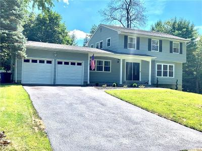 Westchester County Single Family Home For Sale: 2 Locust Road