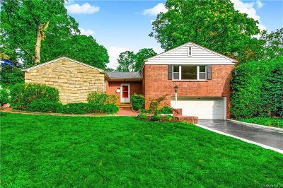 Westchester County Single Family Home For Sale: 896 Kimball Avenue
