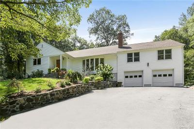 Westchester County Single Family Home For Sale: 23 Thornewood Road