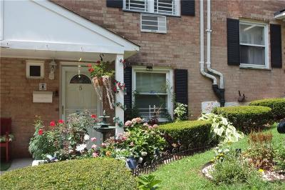 Westchester County Condo/Townhouse For Sale: 130 Glenwood Avenue #5