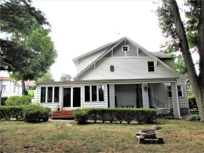 Westchester County Single Family Home For Sale: 93 Glen Road