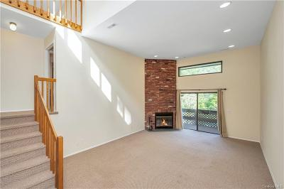Westchester County Condo/Townhouse For Sale: 382 N Greeley Avenue #382