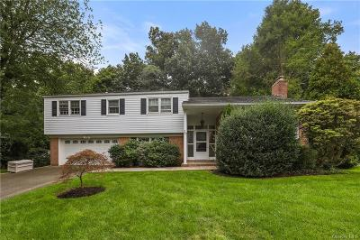 Westchester County Single Family Home For Sale: 22 Copper Beech Circle