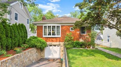 Westchester County Single Family Home For Sale: 19 Roundhill Drive