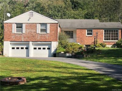 Westchester County Single Family Home For Sale: 14 Lake Road