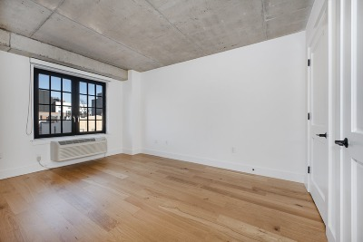 Williamsburg Unit For Rent For Rent: 774 Grand St #6th Floo