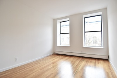 Unit For Rent For Rent: 138 W 112th St #6th Floo