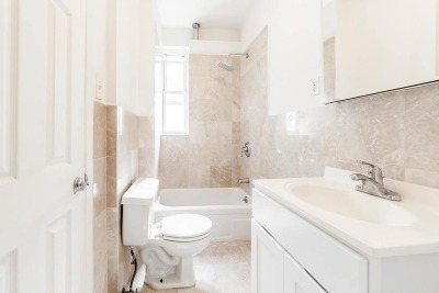Manhattan NY Unit For Rent For Rent: $2,395