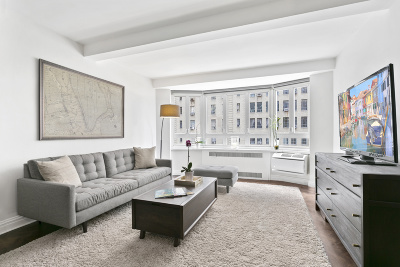 Unit For Sale For Sale: 333 W 57th St