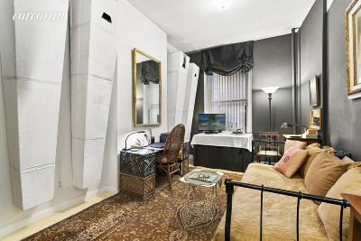 New York Unit For Sale For Sale: 352 W 48th St