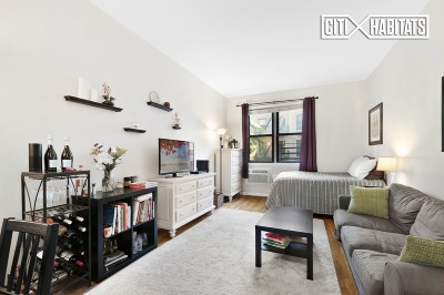 New York Unit For Sale For Sale: 512 E 82nd St