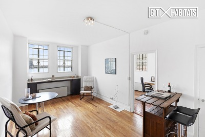 New York NY Unit For Sale For Sale: $535,000