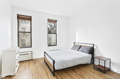 New York Unit For Sale For Sale: 430 E 85th St