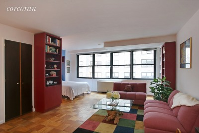 New York Unit For Sale For Sale: 225 E 57th St