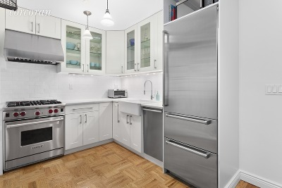New York Unit For Sale For Sale: 205 E 63rd St