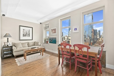 New York Unit For Sale For Sale: 470 W 24th St
