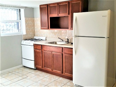 Williamsburg Unit For Rent For Rent: 149 Maspeth Ave