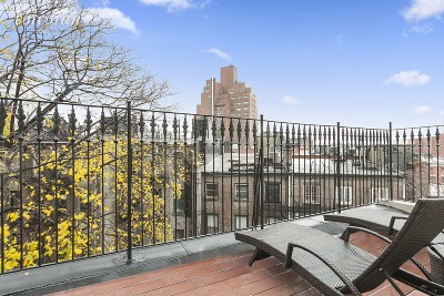 New York Unit For Rent For Rent: 144 W 11th St