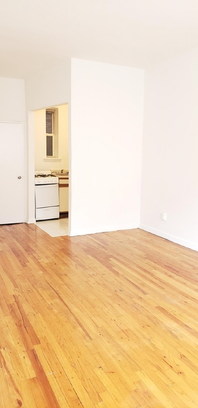 Manhattan Unit For Rent For Rent: 423 E 83rd St