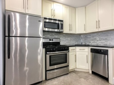 Manhattan Unit For Rent For Rent: 25 Fort Washington Ave