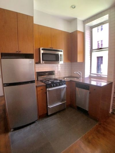 Manhattan NY Unit For Rent For Rent: $3,734