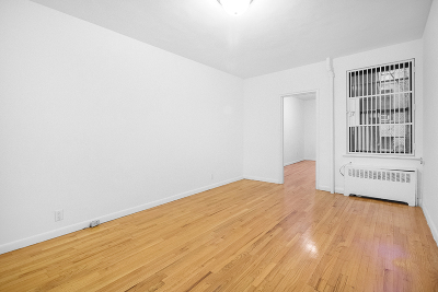 Manhattan NY Unit For Rent For Rent: $2,550