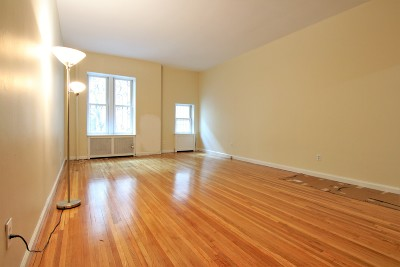 Manhattan Unit For Rent For Rent: 321 W 105th St #504