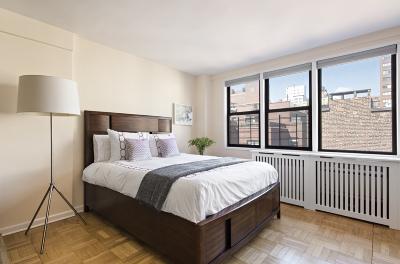 Manhattan Unit For Sale For Sale: 241 E 76th St