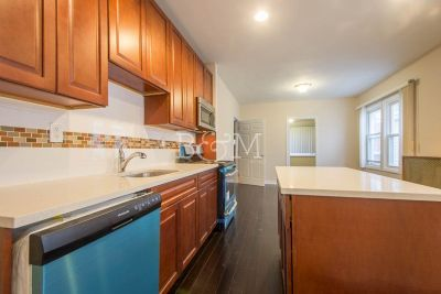 Unit For Rent For Rent: 50-47 45th St