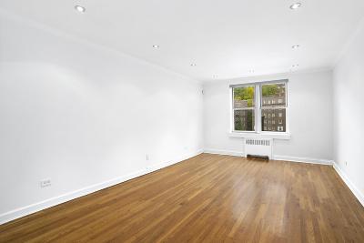 Manhattan Unit For Sale For Sale: 153 Bennett Ave