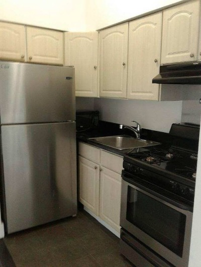 Unit For Rent For Rent: 11-22 47th Ave #FL 3