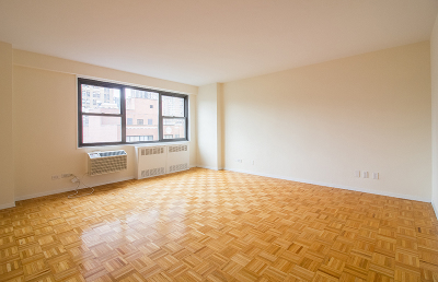 Manhattan Unit For Rent For Rent: 350 W 51st St