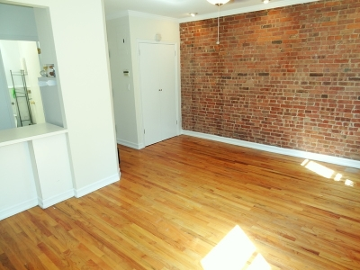 Manhattan NY Unit For Rent For Rent: $2,450
