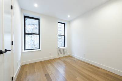 Unit For Rent For Rent: 244 E 46th St #9th Floo