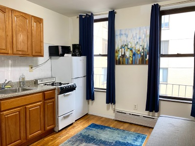 Manhattan Unit For Rent For Rent: 1365 1st Ave
