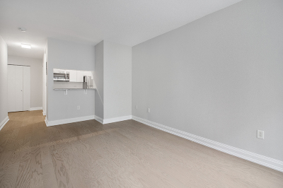 Manhattan NY Unit For Rent For Rent: $3,927