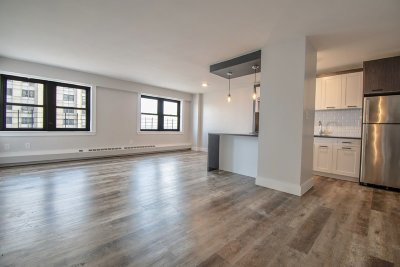 Manhattan NY Unit For Rent For Rent: $2,195