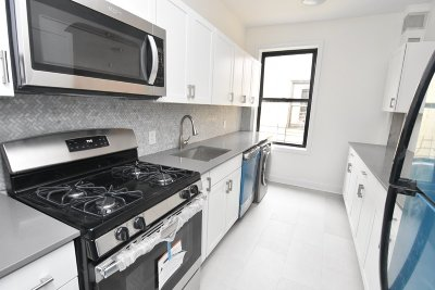 Manhattan NY Unit For Rent For Rent: $2,445