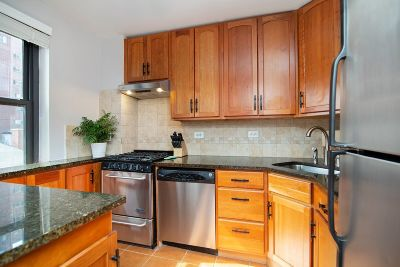 Manhattan Unit For Sale For Sale: 200 E 24th St