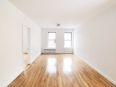 Manhattan Unit For Rent For Rent: 1413 Amsterdam Ave