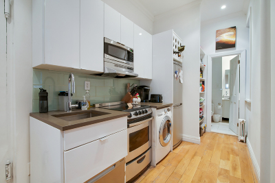 Manhattan NY Unit For Rent For Rent: $3,100
