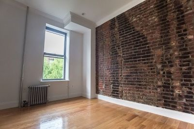 Manhattan NY Unit For Rent For Rent: $4,900