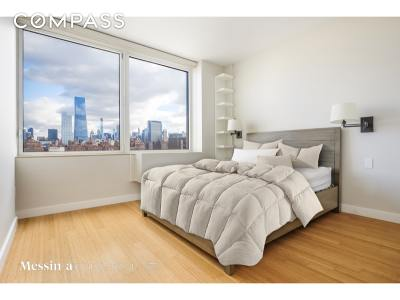 Unit For Sale For Sale: 450 W 17th St