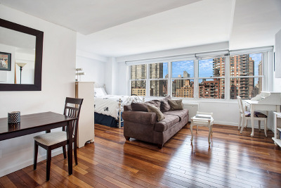 New York Unit For Sale For Sale: 363 E 76th St